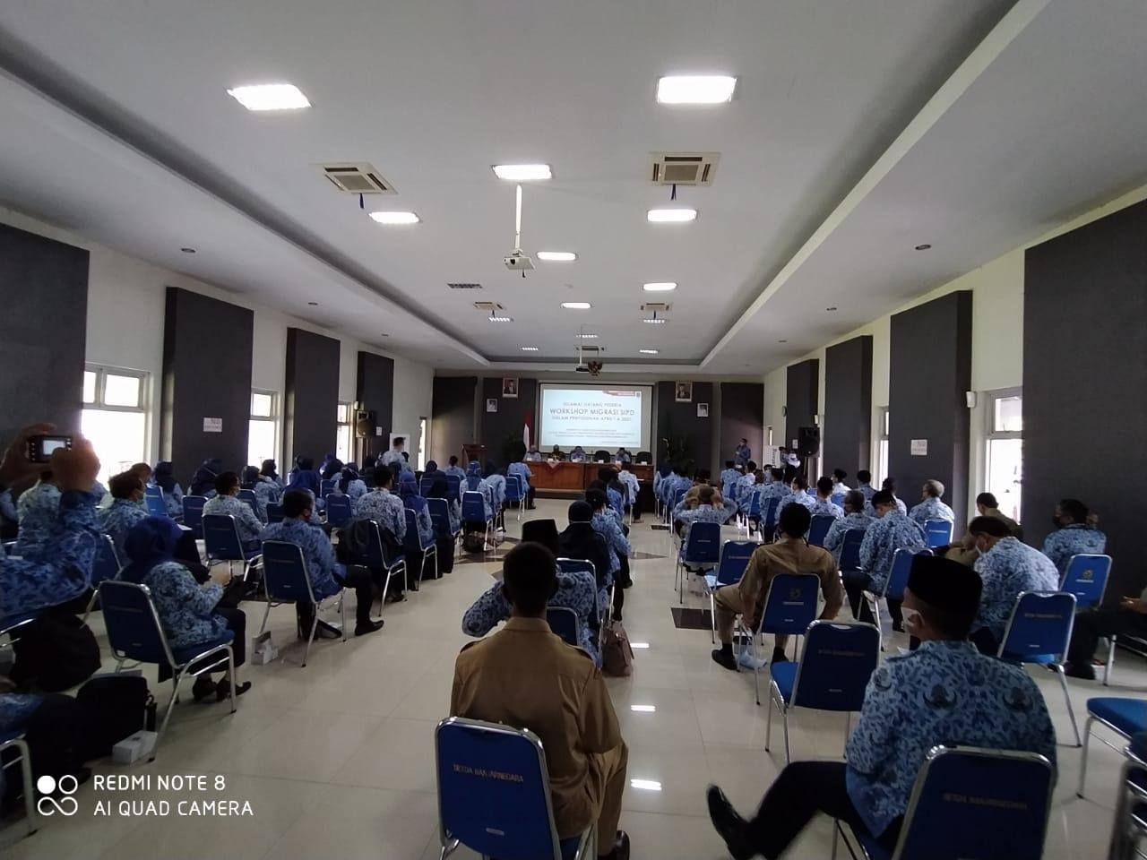 Meningkatkan Pemahaman tentang Legal Drafting ke Guru SMP, Bidang Anggaran BPPKAD Banjarnegara Selenggarakan Workshop